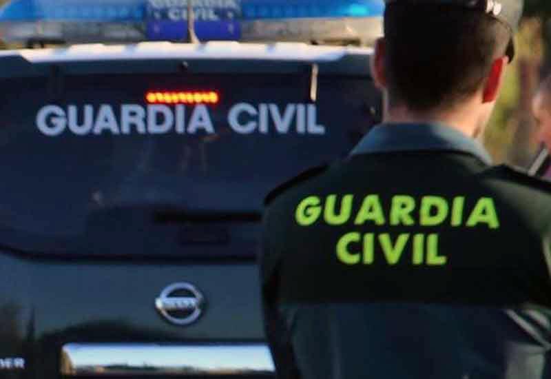 LA GUARDIA CIVIL DETIENE A DOS PERSONAS EN UTRERA POR ROBO CON VIOLENCIA E INTIMIDACIÓN