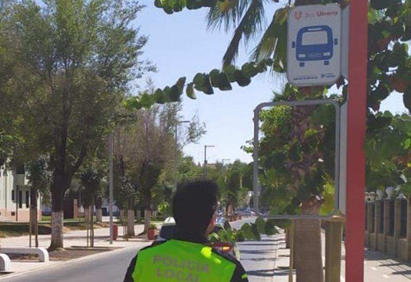 LA POLICÍA LOCAL DE UTRERA REALIZARÁ UNA CAMPAÑA ESPECIAL PARA LA PREVENCIÓN DEL VANDALISMO CONTRA LA SEÑALIZACIÓN DEL BUS URBANO